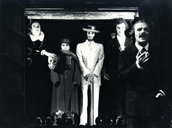 In primo piano Gigi Angelillo, dietro da sinistra Renato Cecchetto, Clara Droetto, Oliviero Corbetta
