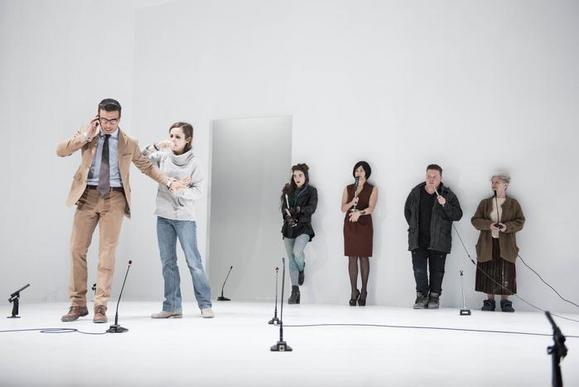 Alessandro Marini, Camilla Semino Favro (in primo piano). Dietro, da sinistra: Carolina Cametti, Mariangela Granelli, Daniele Marmi, Ariella Reggio