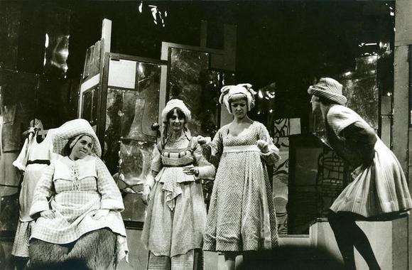 Wilma Deusebio, Piera Cravignani, Lia Scutari, Franco Ferrarone