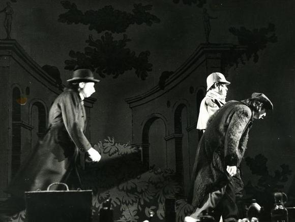 da sinistra Alessandro Esposito, Giorgio Lanza, Ivan Cecchini (vestito di chiaro)